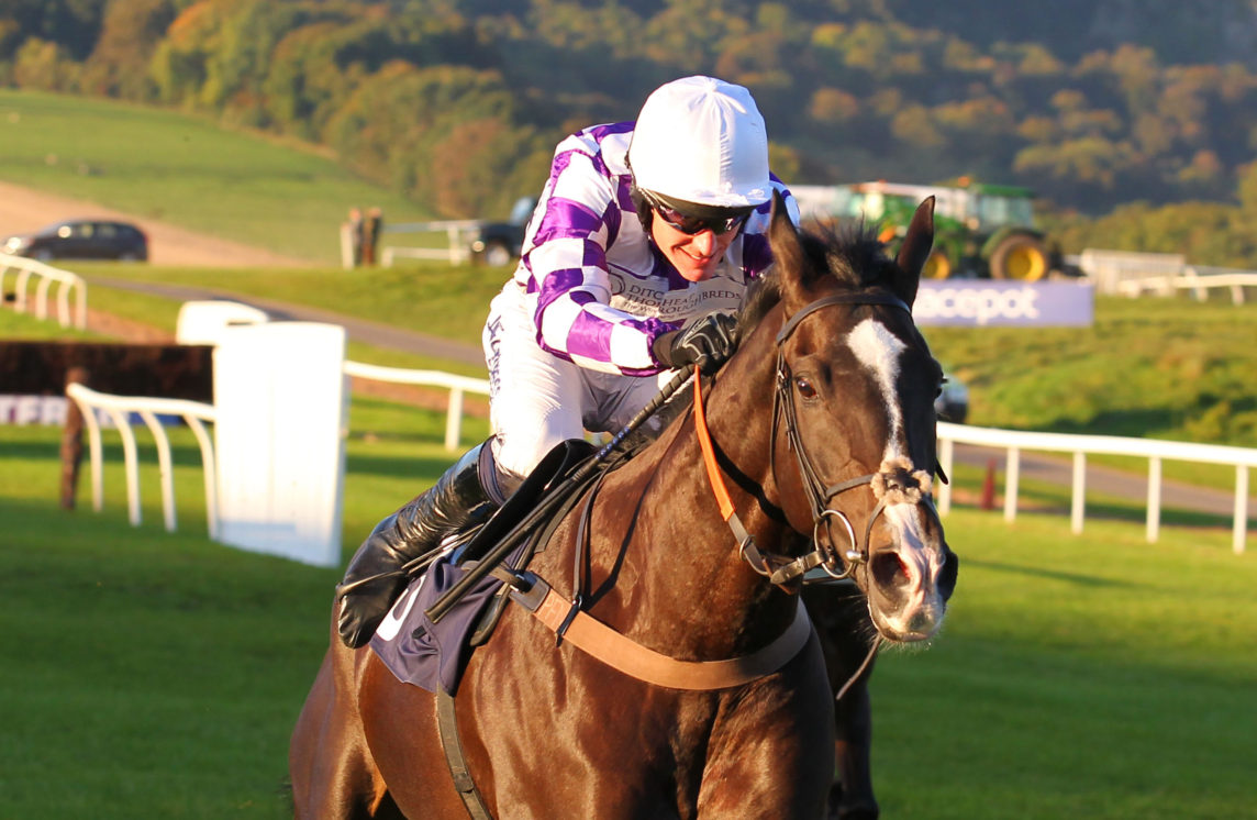Coastal Tiep winning at Chepstow